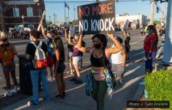 Protestors in Louisville no-knock warrants